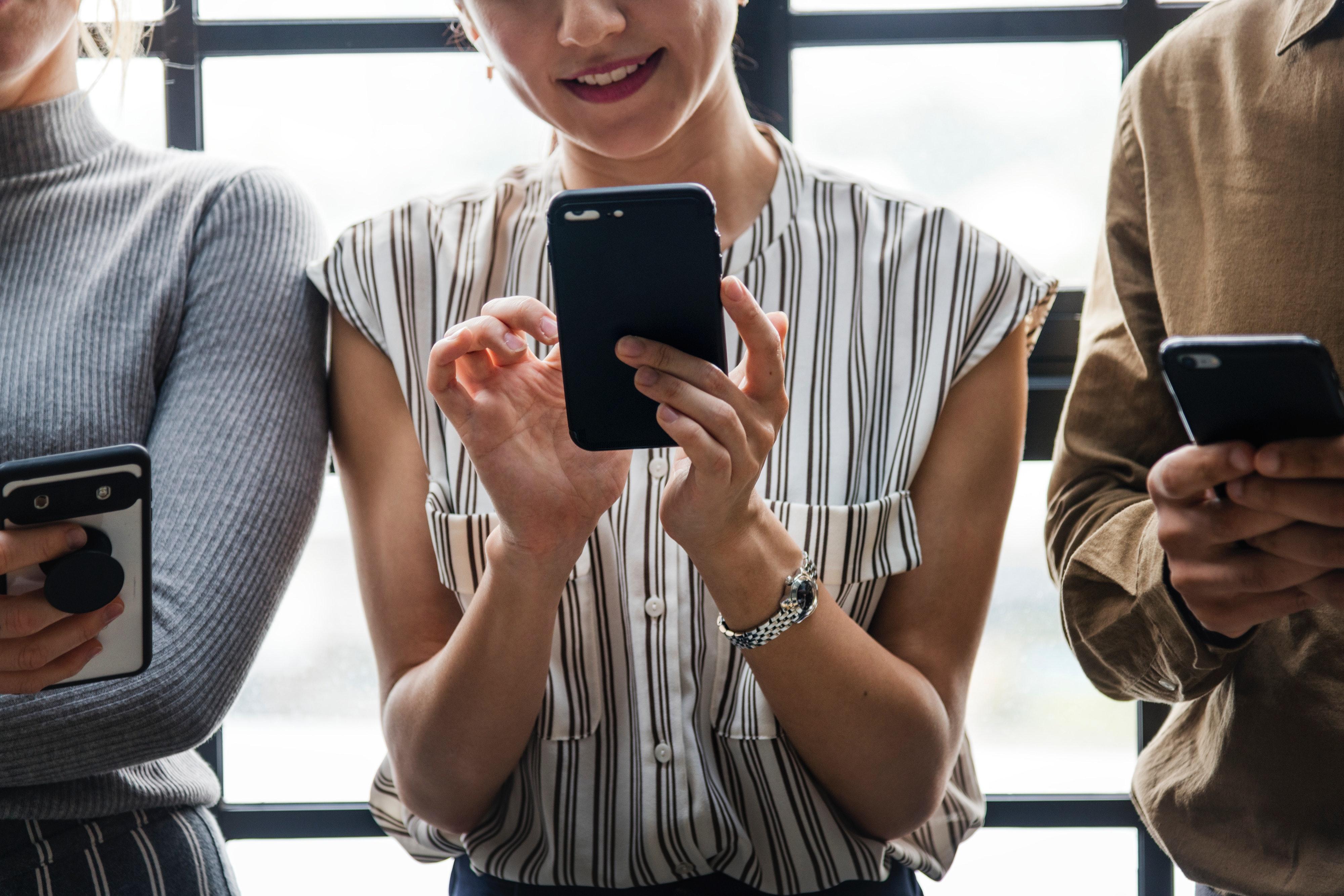 5 gier na smartfon, dzięki którym rozbawisz towarzystwo